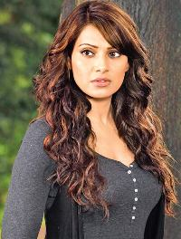 Actress Bipasha Basu Contact Details, Whatsapp Number, Mobile Number, House Address, Email