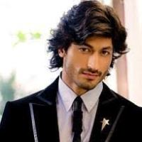 Actor Vidyut Jammwal Contact Details, House Address, Email, Social Ids