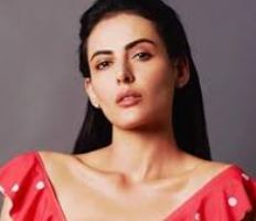 Actress Mandana Karimi Contact Details, Current Location, Email, House Address