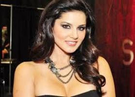 Actress Sunny Leone Contact Details, Current Location, House Address, Social IDs