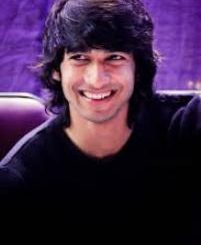 Actor Shantanu Maheshwari Contact Details, Home Address, Home Town, Social