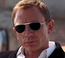 Actor Daniel Craig Contact Details, Address, Management, Agent No, Social