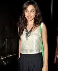 Actress Amrita Puri Contact Details, Home Town, House Address, Social Pages