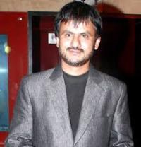 Actor Girish Kulkarni Contact Details, Home Town, House Address, ID