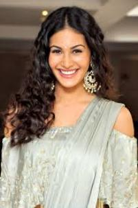 Actress Amyra Dastur Contact Details, Current House Address, IDs
