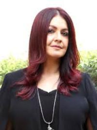 Actress Pooja Bhatt Contact Details, Social ID, House Address, Bio Info