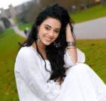 Actress Sara Arfeen Khan Contact Details, Social Accounts, Current Address