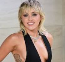 Singer Miley Cyrus Contact Details, Current Address, Phone NO, Social Media