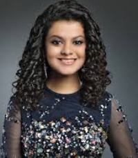 Singer Palak Muchhal Contact Details, Mobile No, House Location, Email
