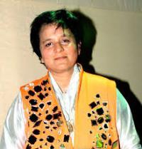 Singer Falguni Pathak Contact Details, Phone No, Social, Residence Address