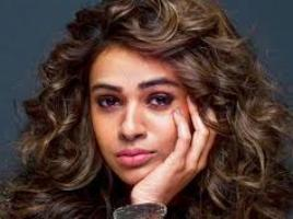 Singer Shalmali Kholgade Contact Details, Social Profile, Current Address, Email