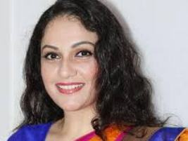 Actress Gracy Singh Contact Details, Current Location, Social Accounts