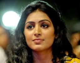 Actress Padmapriya Contact Details, Residence Address, Social Pages