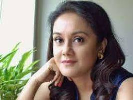 Actress Deepika Deshpande Amin Contact Details, Social Profiles, Current City