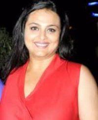 Actress Shilpa Shirodkar Contact Details, Social IDs, Home Address, Biography