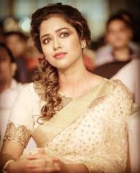 Actress Sohini Sarkar Contact Details, Phone Number, House Address, Social IDs