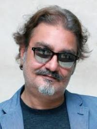 Actor Vinay Pathak Contact Details, Twitter ID, Current Address, Biography