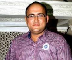 Actor Deepak Parikh Contact Details, Twitter ID, House Address, Biodata