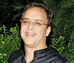 Director Vidhu Vinod Chopra Contact Details, Home City, Social IDs, Email