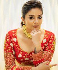 Actress Sreemukhi Contact Details, Phone NO, House Address, Social IDs