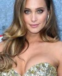 Model Hannah Jeter Contact Details, Social Profiles, House Location