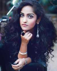 Singer Asees Kaur Contact Details, Phone Number, Office Address, Email ID