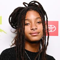 Singer Willow Smith Contact Details, Social Accounts, Current City, Email