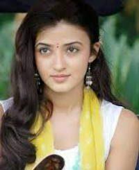 Actress Suhasi Goradia Dhami Contact Details, Current City, Social Pages